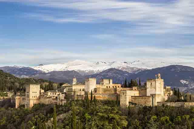 Granada para visitar en invierno en España