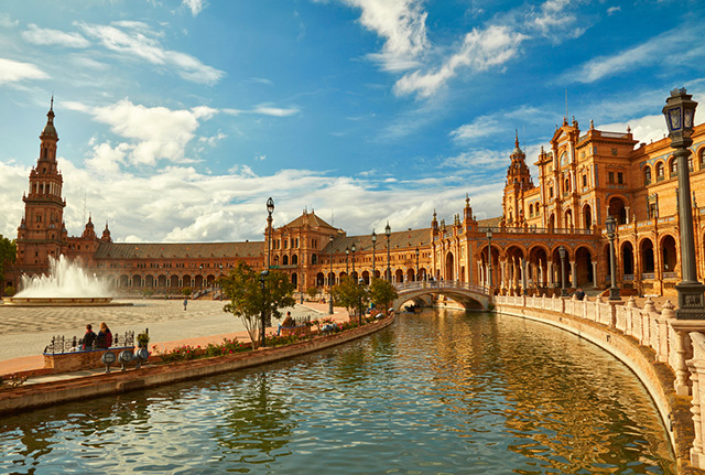 Plaza de España y Parque de María Luisa