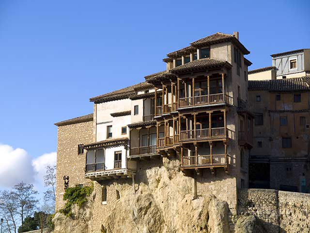 Casas colgadas, lugares imprescindibles que ver en Cuenca